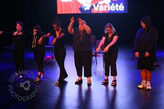 2013-04-27 InsideOutside Theatre Variete 412