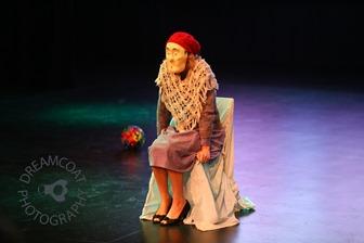 2013-04-27 InsideOutside Theatre Variete 752