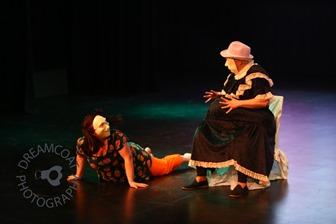 2013-04-27 InsideOutside Theatre Variete 913