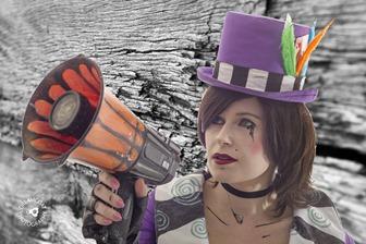 2013-10-10 Cassie Moxxi Cosplay 019